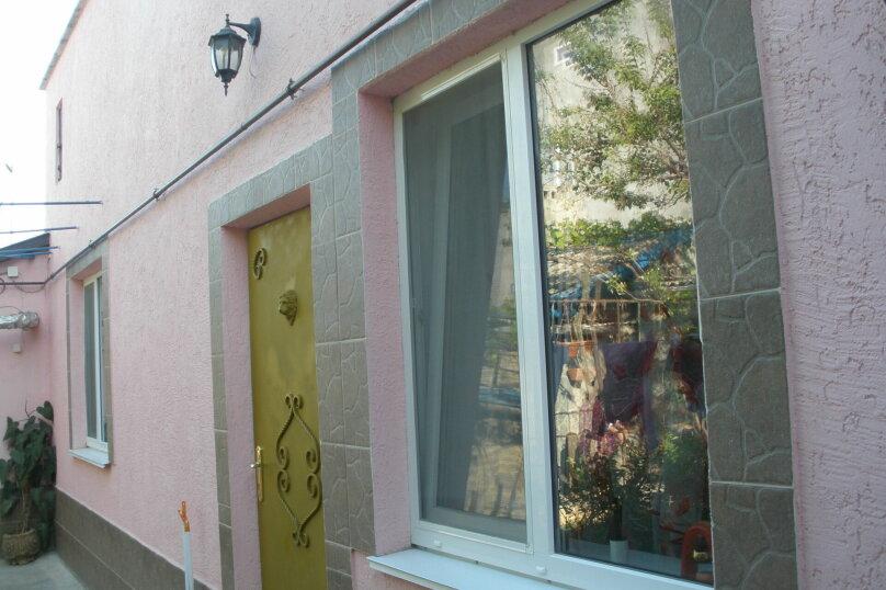 Дом, 51 кв.м. на 3 человека, 1 спальня, Трудовая улица, 9/10, Старый город, Евпатория - Фотография 1