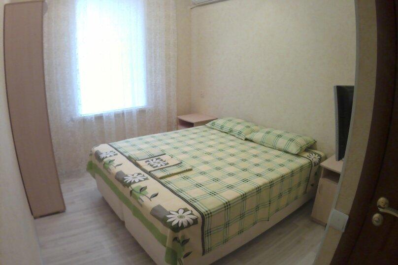 """Гостевой дом """"Бузулук"""", Кипарисовая улица, 43А на 12 комнат - Фотография 4"""
