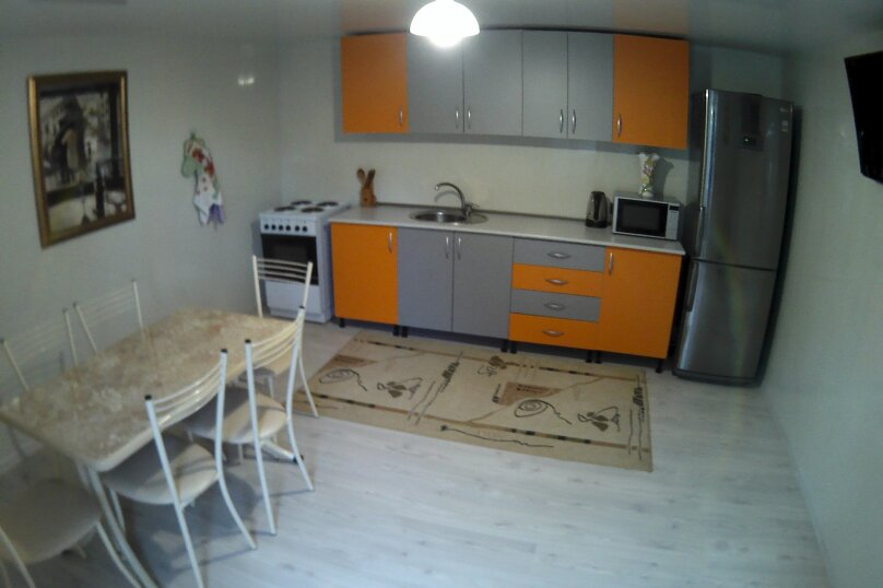 """Гостевой дом """"Бузулук"""", Кипарисовая улица, 43А на 12 комнат - Фотография 10"""