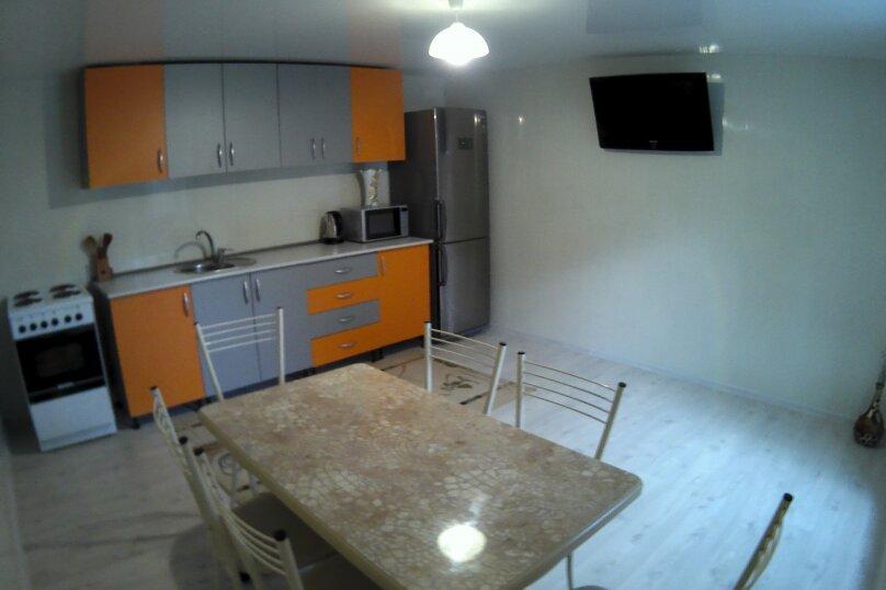 """Гостевой дом """"Бузулук"""", Кипарисовая улица, 43А на 12 комнат - Фотография 12"""