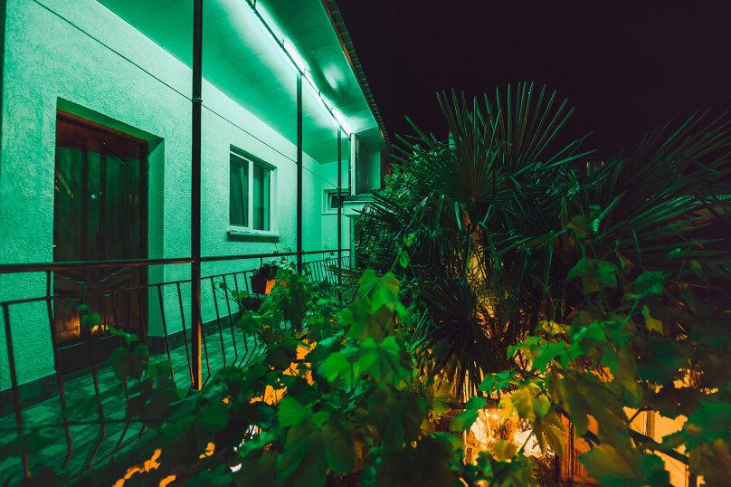 """Частный дом """"Восточный уголок"""", Заречная улица, 16А на 5 комнат - Фотография 30"""