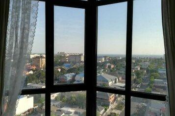1-комн. квартира, 42 кв.м. на 5 человек, улица Шевченко, 65, Анапа - Фотография 1