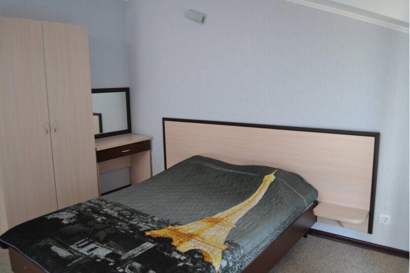Номер люкс - студио с кухонным уголком, улица Шереметьева, 4, Геленджик - Фотография 1
