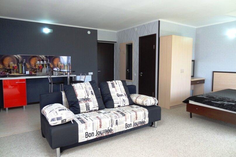 Номер люкс - студио с кухонным уголком, улица Шереметьева, 4, Геленджик - Фотография 6