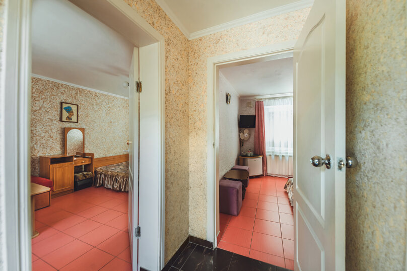 """Частный дом """"Восточный уголок"""", Заречная улица, 16А на 5 комнат - Фотография 65"""
