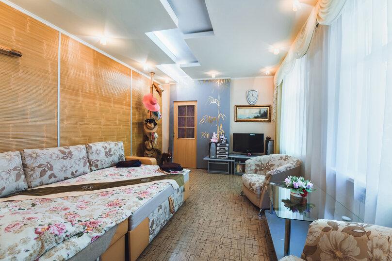 Отдельная комната, Заречная улица, 16А, Алушта - Фотография 1