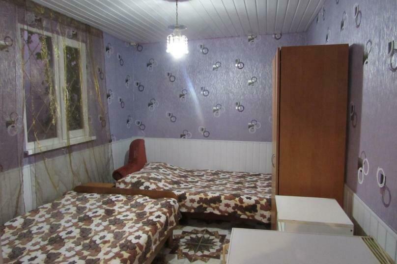 4-х комнатный домик, Гайдара, 7а, Евпатория - Фотография 1