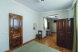 Номер улучшенный с кухней (смежные комнаты разделенные открытой аркой):  Номер, Полулюкс, 4-местный (2 основных + 2 доп), 1-комнатный - Фотография 106