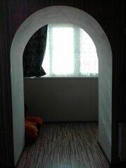 1-комн. квартира, 42 кв.м. на 3 человека, улица Базарова, Волгоград - Фотография 2