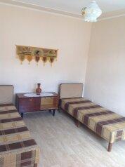 Комната Индия:  Номер, Эконом, 2-местный, 1-комнатный, Комната в доме, улица Черняховского, 81 на 1 номер - Фотография 4
