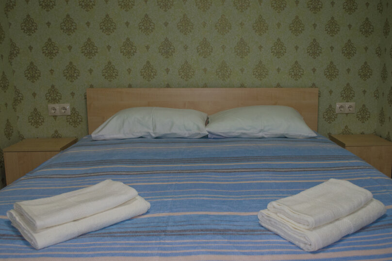 Гостиница 836275, улица Соколова, 54 на 7 комнат - Фотография 3