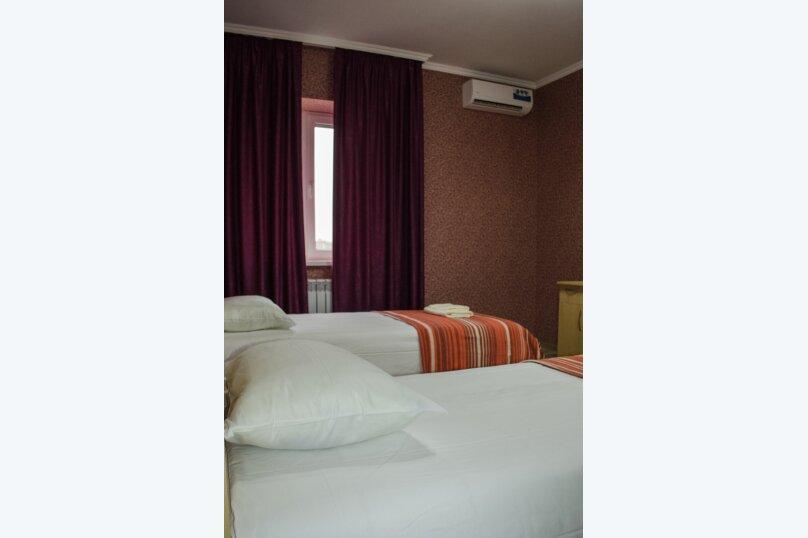 Гостиница 836275, улица Соколова, 54 на 7 комнат - Фотография 10
