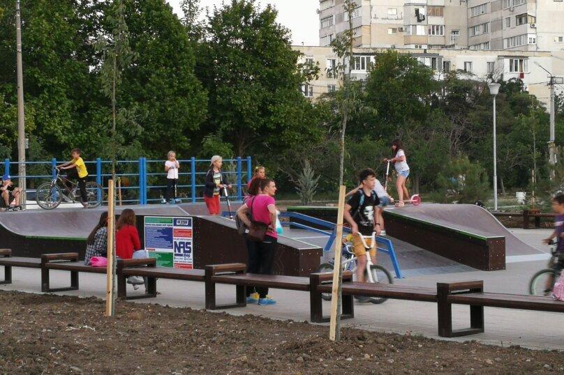 2-комн. квартира, 55 кв.м. на 5 человек, проспект Героев Сталинграда, 17, Севастополь - Фотография 18