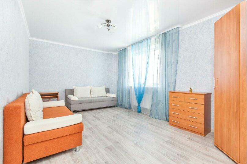 2-комн. квартира, 64 кв.м. на 6 человек, проезд Геологоразведчиков, 44А, Тюмень - Фотография 3