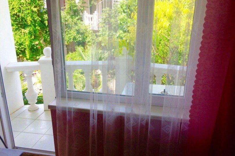 """Гостевой дом """"У Людмилы"""", Школьная улица, 3 на 15 комнат - Фотография 16"""