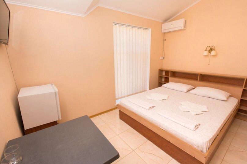 1 ком номер без балкона стандарт с двуспальной кроватью, Школьный переулок, 1Ж, Коктебель - Фотография 1
