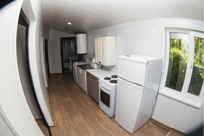 Дом с 3 спальнями , 120 кв.м. на 8 человек, 3 спальни, Победы , 150, Ейск - Фотография 16