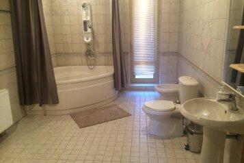 Дом 320м2 с бассейном и территорией 10 соток, 320 кв.м. на 6 человек, 2 спальни, ул. князя Потемкина-Таврического, Понизовка - Фотография 4