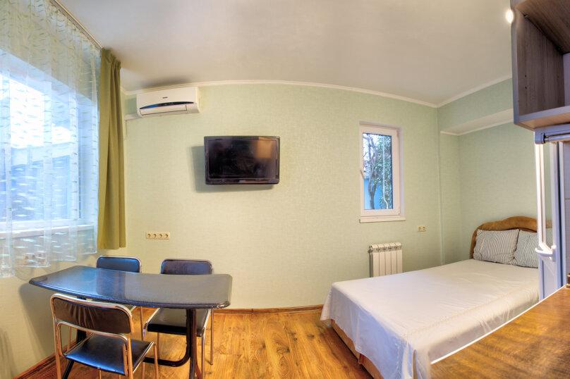 """Гостевой дом """"Klimenko house"""", Данченко, 4 на 7 комнат - Фотография 19"""
