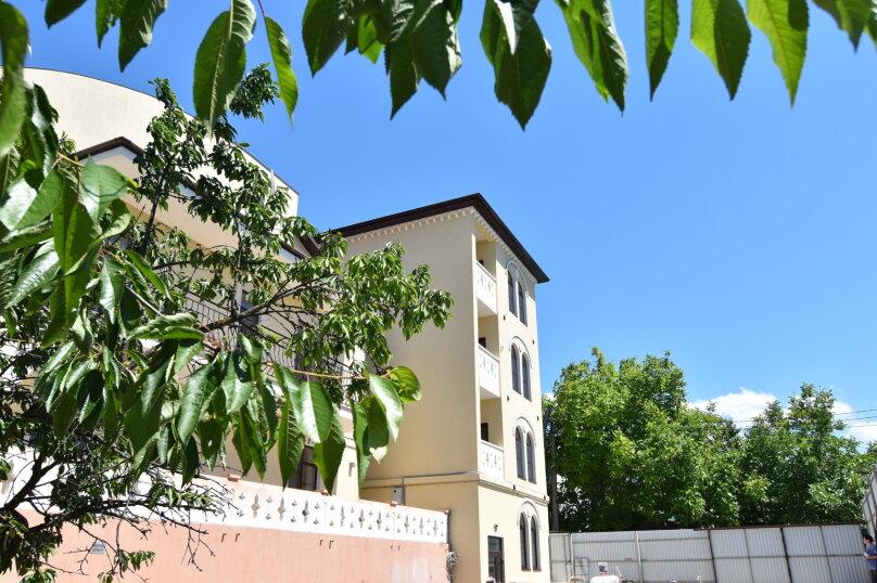 """Гостевой дом """"У Лукоморья"""", улица Короленко, 4 на 19 комнат - Фотография 4"""