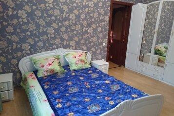 Дом, 120 кв.м. на 7 человек, 3 спальни, Севастопольская улица, 13, Феодосия - Фотография 2