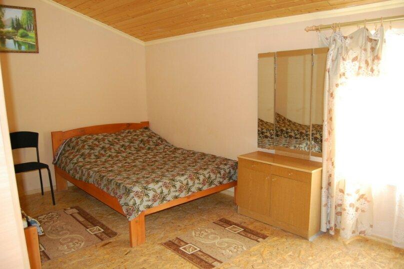 Сдам 3 комнатный дом (2 этаж), 55 кв.м. на 10 человек, 3 спальни, улица Рылеева, 6, Евпатория - Фотография 3