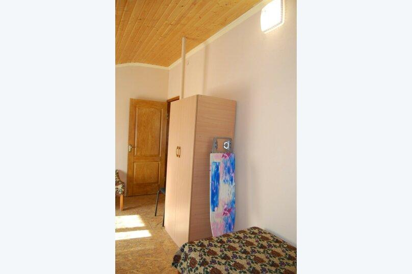 Сдам 3 комнатный дом (2 этаж), 55 кв.м. на 10 человек, 3 спальни, улица Рылеева, 6, Евпатория - Фотография 4