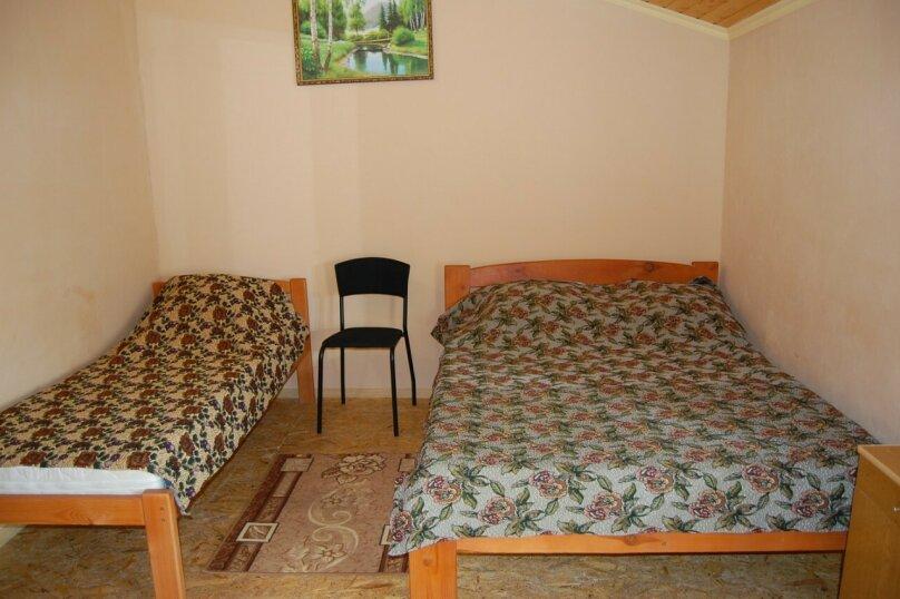 Сдам 3 комнатный дом (2 этаж), 55 кв.м. на 10 человек, 3 спальни, улица Рылеева, 6, Евпатория - Фотография 5