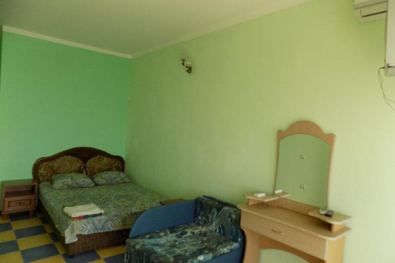 Однокомнатный  номер в 10 метрах от моря., 26 кв.м. на 3 человека, улица Ленина , 35Б 7, Алупка - Фотография 10