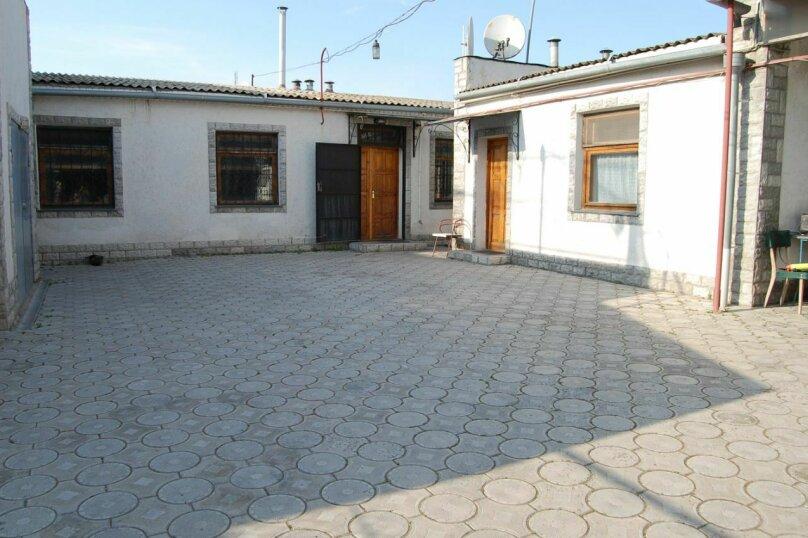 Сдам 3 комнатный дом (2 этаж), 55 кв.м. на 10 человек, 3 спальни, улица Рылеева, 6, Евпатория - Фотография 18