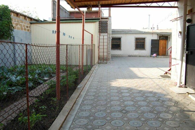 Сдам 3 комнатный дом (2 этаж), 55 кв.м. на 10 человек, 3 спальни, улица Рылеева, 6, Евпатория - Фотография 19
