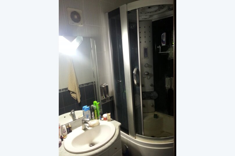 2-комн. квартира, 92 кв.м. на 4 человека, улица Алексея Толстого, 72, Самара - Фотография 16