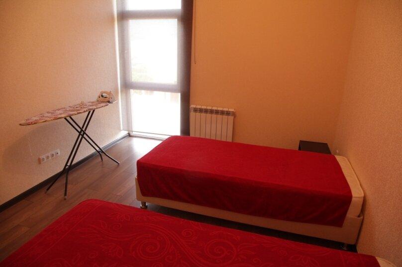 2-комн. квартира, 64 кв.м. на 6 человек, улица Орджоникидзе, 22, Геленджик - Фотография 3