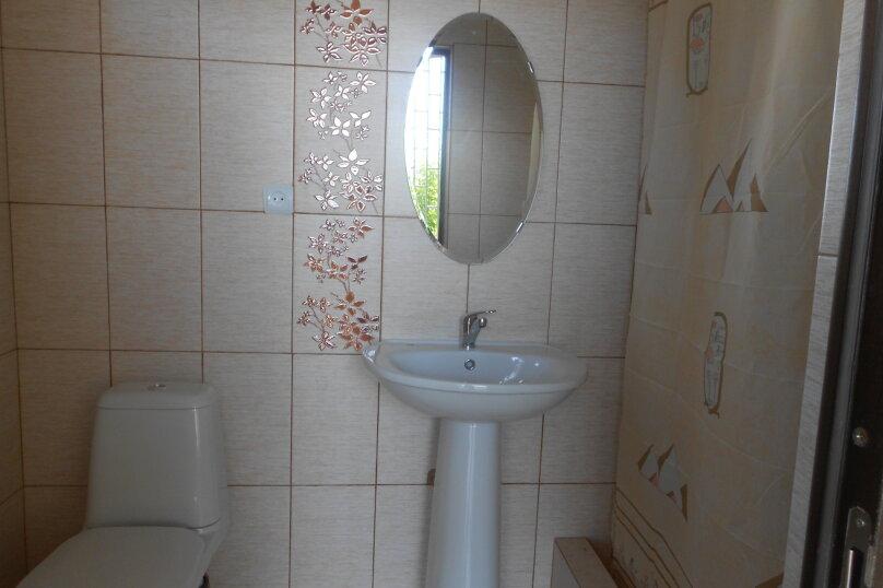 Уютный дом в центре Гагры, Апсны, 25-а на 7 комнат - Фотография 27