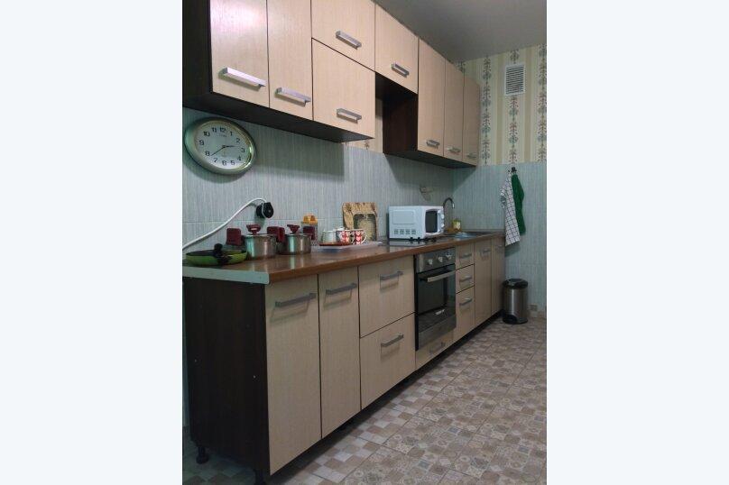 2-комн. квартира, 70 кв.м. на 10 человек, Гвардейская улица, 59А, Казань - Фотография 20