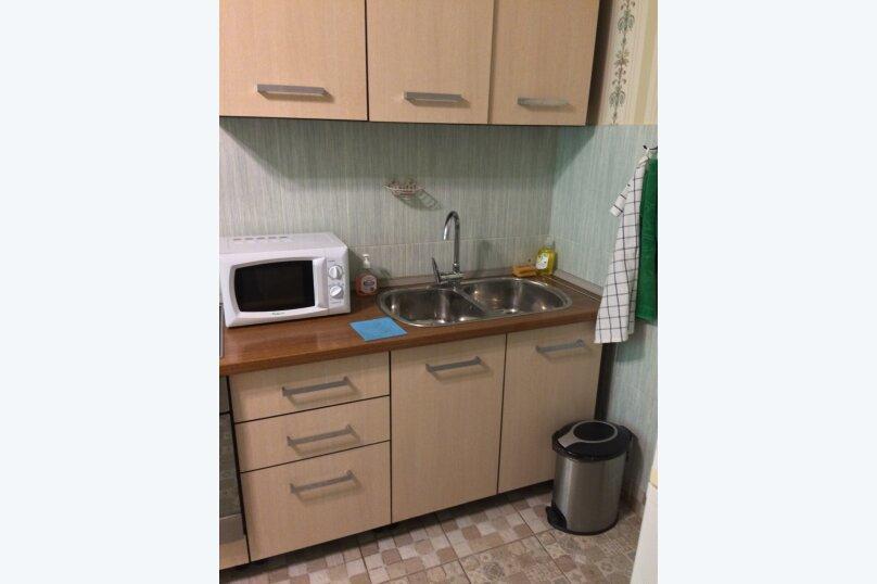 2-комн. квартира, 70 кв.м. на 10 человек, Гвардейская улица, 59А, Казань - Фотография 21