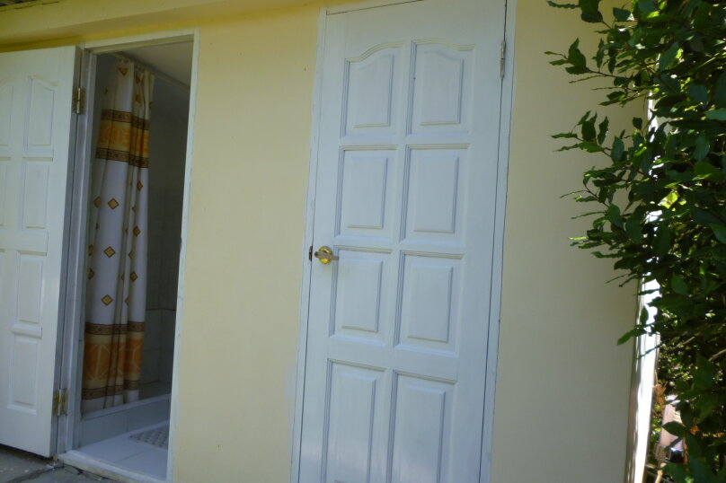 Уютный дом в центре Гагры, Апсны, 25-а на 7 комнат - Фотография 13