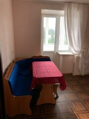 1-комн. квартира, 38 кв.м. на 4 человека, улица Пархоменко, Волгоград - Фотография 2