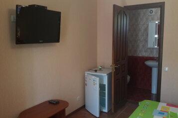 Шикарный 4х комнатный котедж., 150 кв.м. на 12 человек, 4 спальни, Севастопольская улица, 9, Феодосия - Фотография 2