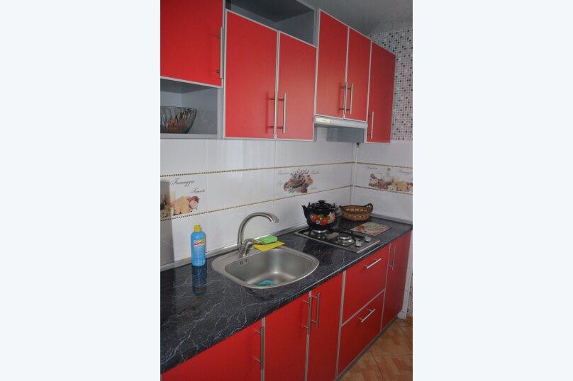 Дом  1к люкс, 30 кв.м. на 3 человека, 1 спальня, улица Кирова, 82, Евпатория - Фотография 2