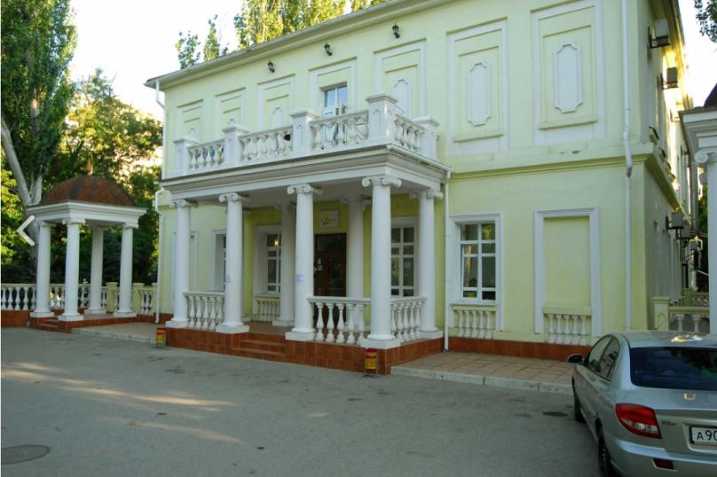 """Отель """"Светлая"""", бульвар Старшинова, 1 на 48 номеров - Фотография 1"""