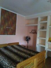 Дом, 50 кв.м. на 8 человек, 2 спальни, Восточная улица, Черноморское - Фотография 1