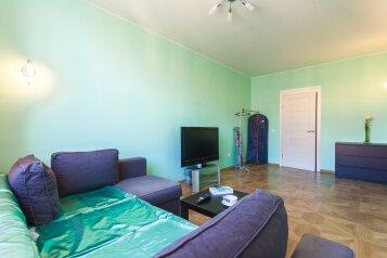 1-комн. квартира, 43 кв.м. на 4 человека, проспект Маршала Блюхера, 9к1, Санкт-Петербург - Фотография 1