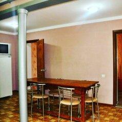 Морское Дом,Коттедж 2-х. комнатный на 6 человек., 55 кв.м. на 6 человек, 2 спальни, ул. Озен-бою, пер3, д.1, Морское - Фотография 2