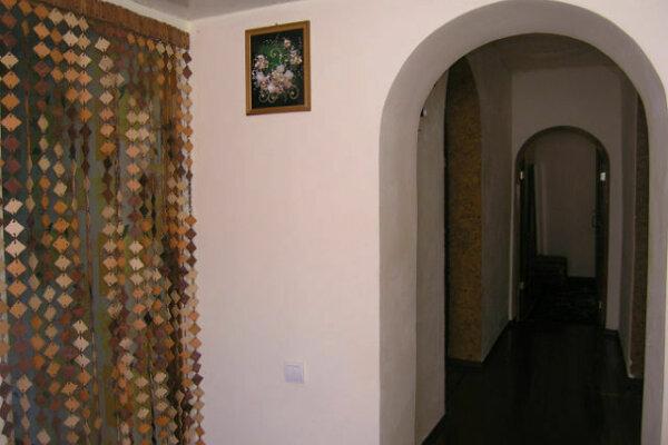 Дом, 65 кв.м. на 5 человек, 3 спальни, улица Строителей, 48, Керчь - Фотография 1