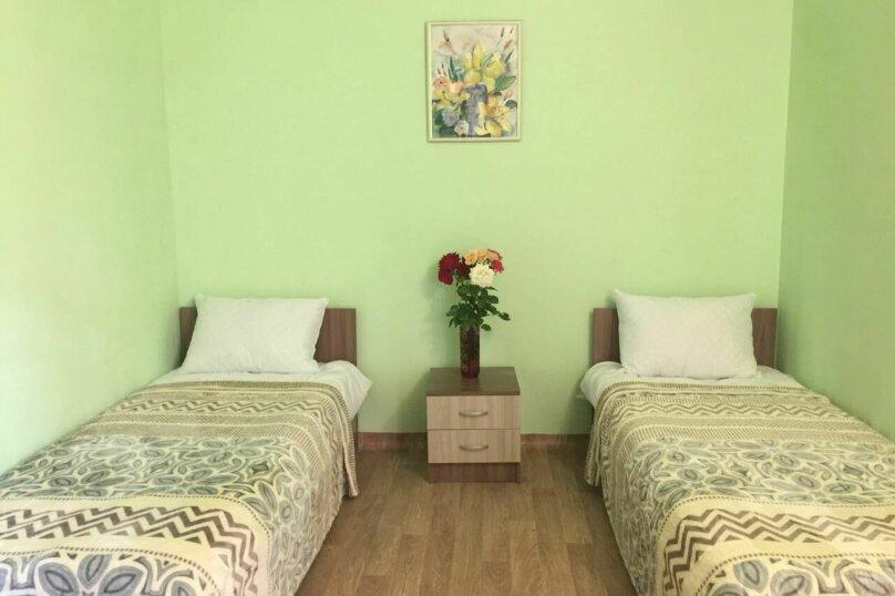 """Гостиница """"На Ореховой 29"""", Ореховая улица, 29 на 4 комнаты - Фотография 11"""