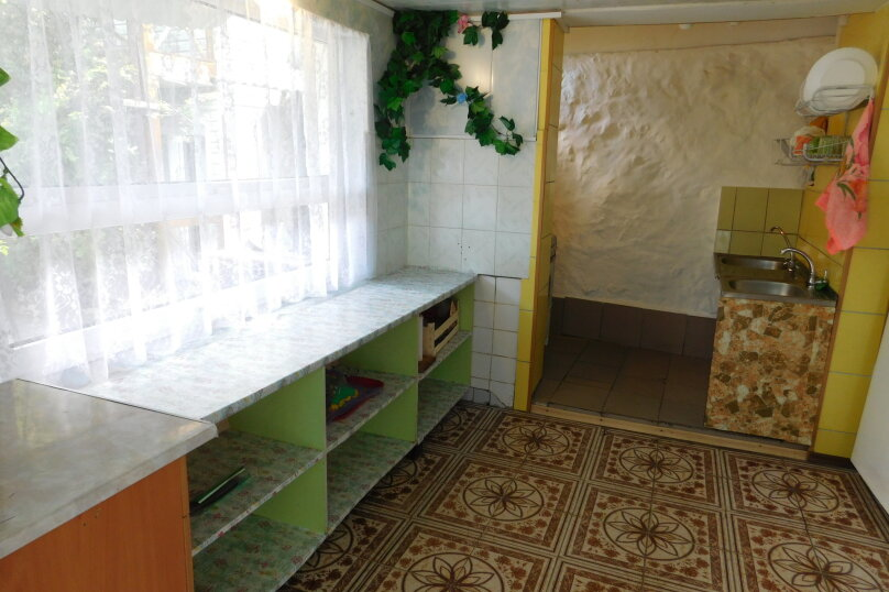 """Гостевой дом """"Лагуна"""", Курортная улица, 10 на 22 комнаты - Фотография 6"""