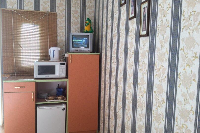 """Гостевой дом """"На 14 апреля 12"""", улица 14 апреля, 12 на 8 комнат - Фотография 20"""