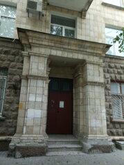 Мини отель в центре , улица Суворова на 4 номера - Фотография 1