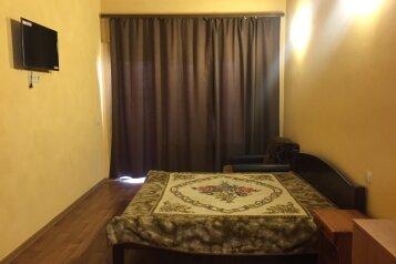 Двухэтажный Эллинг, 50 кв.м. на 5 человек, 2 спальни, ул. Гагарина, Николаевка, Крым - Фотография 2